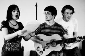Niamh, John, Pip