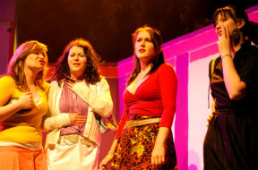 On Stage – The Girls